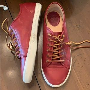 🌻Price Drop🌸Frye Leather Sneakers. 7 1/2